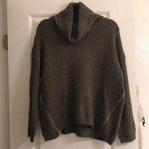 LF Rumor Boutique Turtle Neck Zipper Sweater Sz S